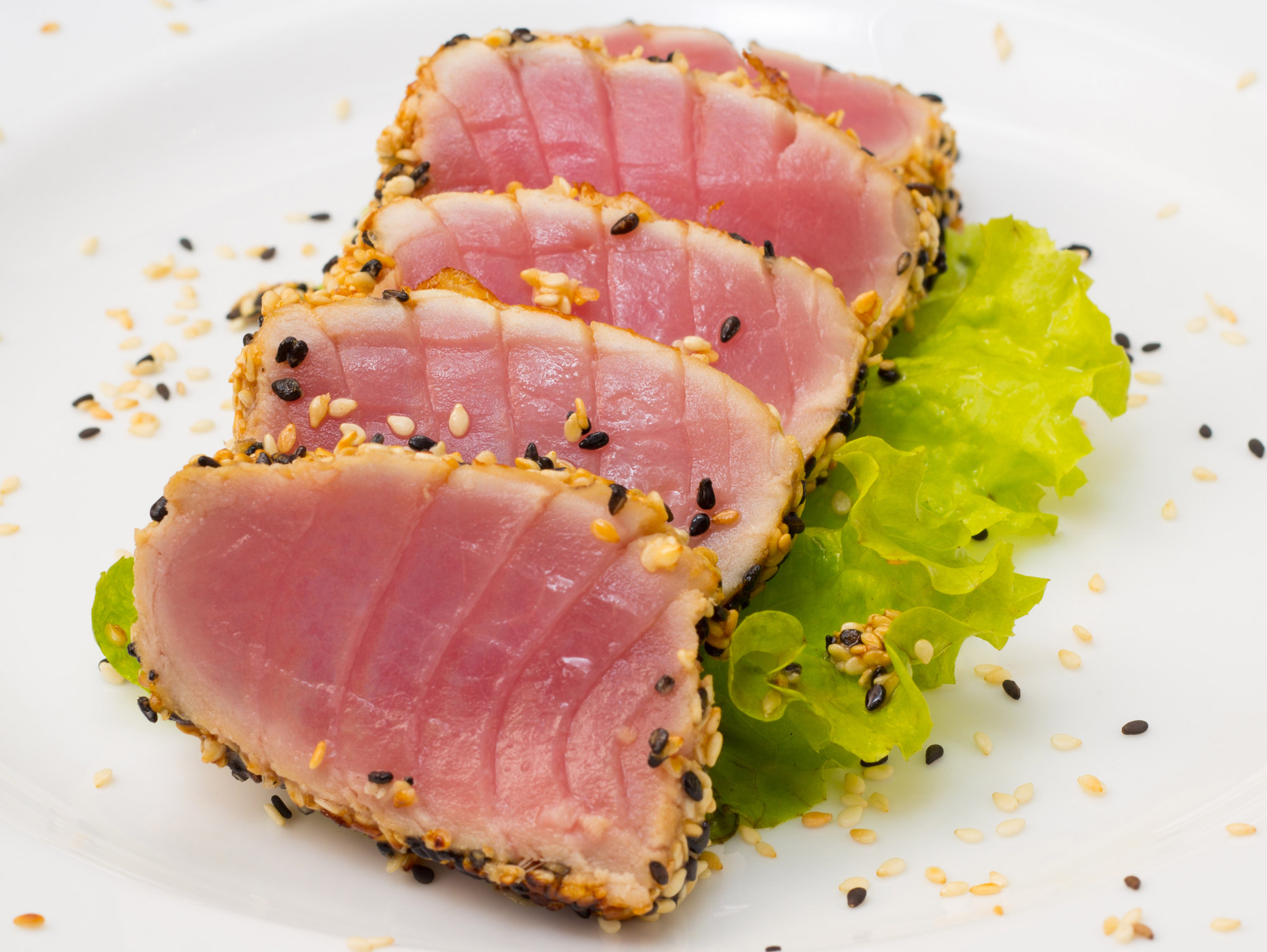 recpie-rare-bc-albacore-tuna-with-pear-pine-nuts-chili-oil